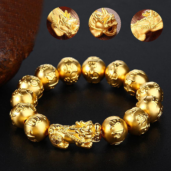 Pi Yao wealth bracelet and closer look to its golden plated beads